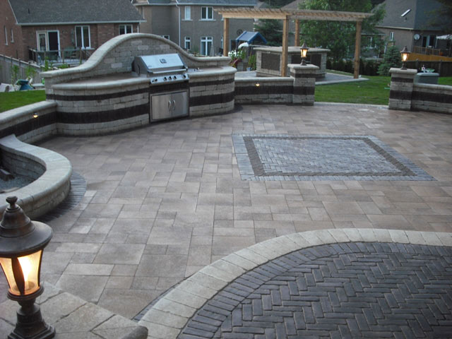 Hardscapes, Outdoor Kitchens, Patios, Concrete